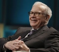 warren buffett e1304170765954 200x175 Berkshire Hathaway Bids on ResCaps Assets