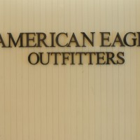 American Eagle Outfitters 2 200x200 American Eagle Outfitters Launches Matching Clothing Line for Dogs and Owners
