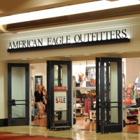 American Eagle Outfitters 200x200 American Eagle Outfitters Shares Up on Profit Outlook