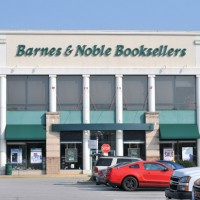 Barnes & Noble Plays Into Amazon's Hands