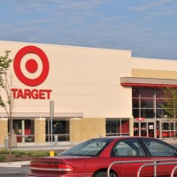 Should I Buy Target? 3 Pros, 3 Cons
