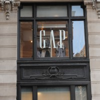The Gap 1 200x200 Whole Foods Wannabe Sprouts Files for IPO