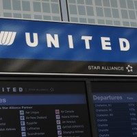 United 2 200x200 United Airlines Hits Severe Turbulence, 5 Injured