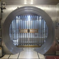 Bank vault 630 flickr 200x200 Wells Fargo Q2 Income Rises 18%, Meets Estimates