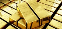 11103054 gold bullion 200x95 Gold Falls on Upbeat U.S. Economic Data