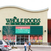 Should I Buy Whole Foods? 3 Pros, 3 Cons