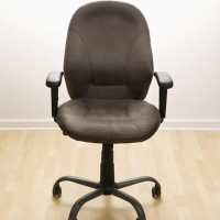 empty office chair 630 flickr 200x200 Benedict XVI Becomes First Pontiff to Resign Since 1415