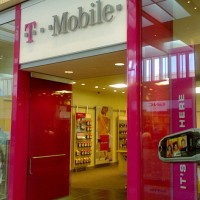Unlimited Data Returns: Can T-Mobile Win?