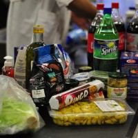 grocery checkout 630 200x200 Fresh & Easy Supermarkets Likely to Leave U.S.