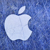 apple logo scratched 630 200x200 Monday Apple Rumors: 'iWatch' Coming Later This Year