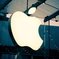 huge apple logo 630 200x200 Wednesday Apple Rumors: Next iPhone Will Feature 4 Inch Screen