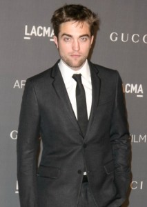 r patz dior deal1 213x300 Robert Pattinson Snags $12 Million Endorsement Deal