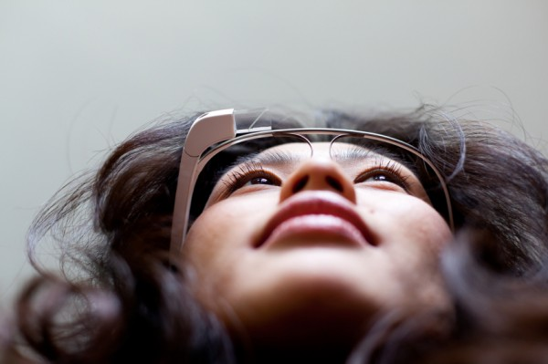 google glass price e1405430139892 Google Glass Price: Is Exclusivity Killing GOOG's High Tech Specs?