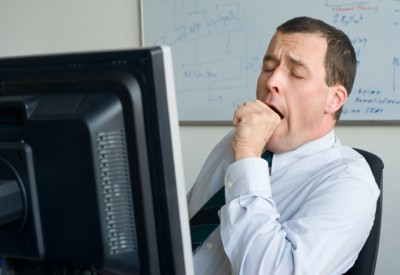 yawn-tired-businessman-at-computer-630-ISP