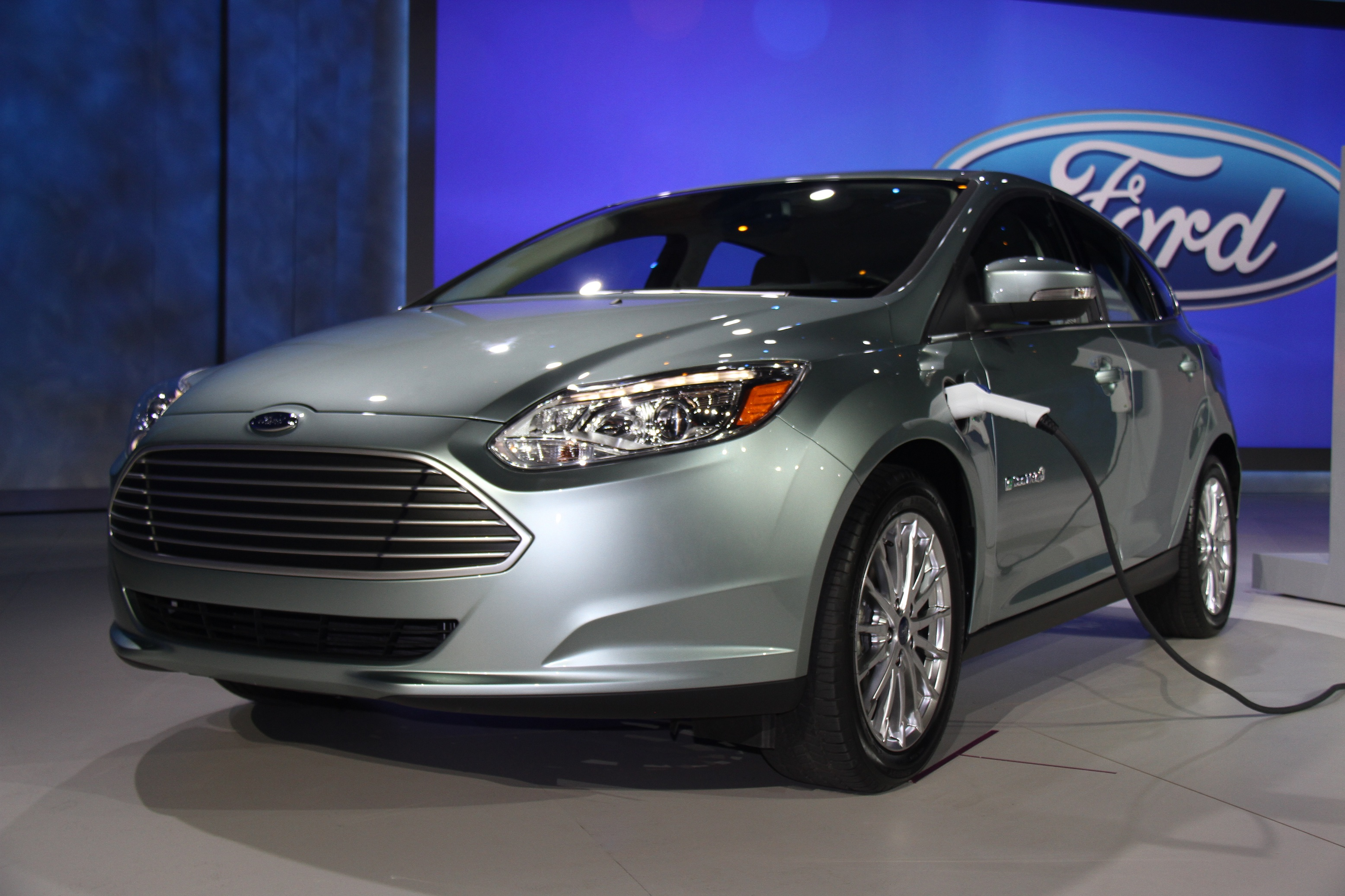 all 2017 ford motor company models will get android auto