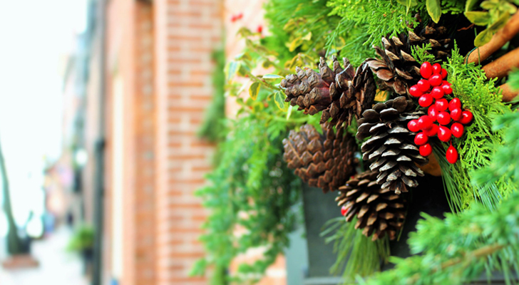retail ETFs - 3 Retail ETFs to Buy for 2016's Holiday Season