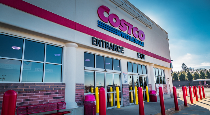 Subscription Service Stocks With Big Growth: Costco (COST)