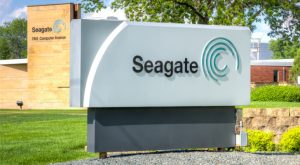 Seagate Technology PLC Stock Dips Despite Earnings Beat