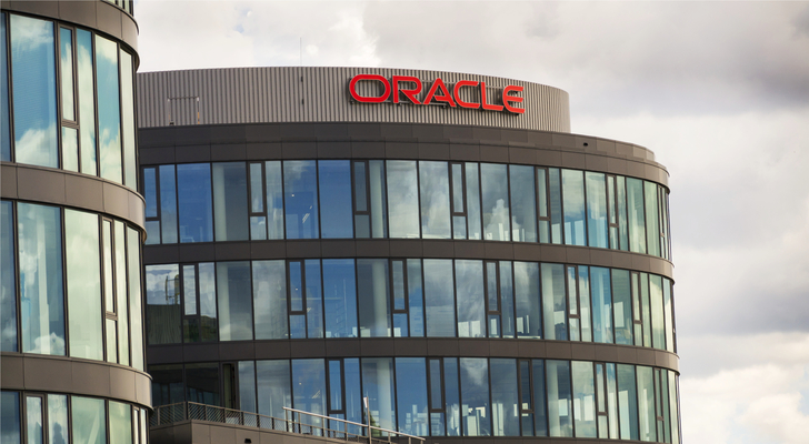 Oracle stock - Is Oracle Corporation the Next Microsoft? … Or the Next IBM?