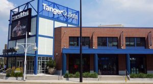 Tanger Factory Outlet Centers (SKT)