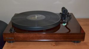 Turntables for Every Vinyl Enthusiast: Fluance RT-81