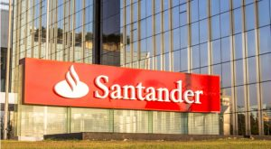 10 Stocks to Sell in the Next Market Correction: Santander Consumer USA Holdings (SC)