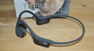 Hottest Gadgets for the 2017 Holiday Season: AfterShokz Trekz Air Wireless Headphones
