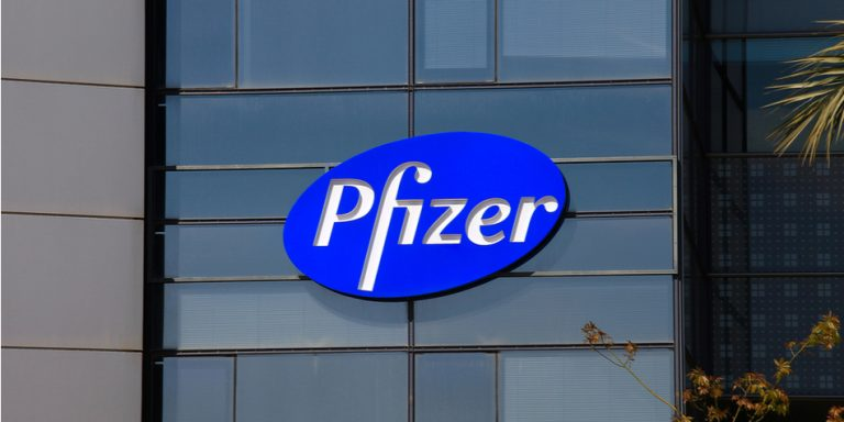 Pfizer, Inc. (NYSE:PFE) showed P/E ratio