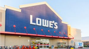 Dividend Aristocrats to Buy: Lowe's (LOW)