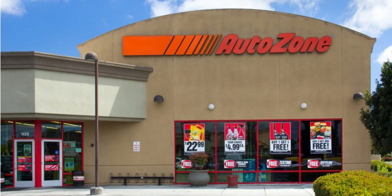 AutoZone, Inc. Stock Is Out of the Zone Right Now