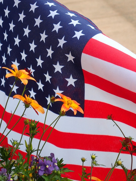 7 American Flag Images to Post on Facebook for July 4th