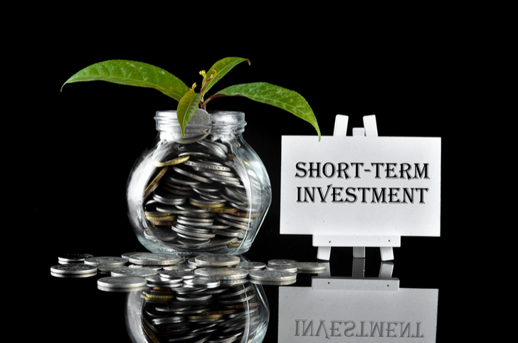 short-term stocks to buy - 7 Short-Term Stocks To Buy for a Happy New Year
