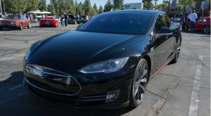 Tesla Retires 2 Car Color Options