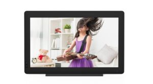 Mother's Day High-Tech Gift Guide: Nixplay Seed Wave Wi-Fi Photo Frame