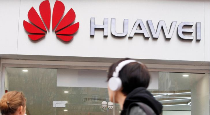 tech stocks to buy now - 10 Tech Stocks Walloped by the Huawei Ban