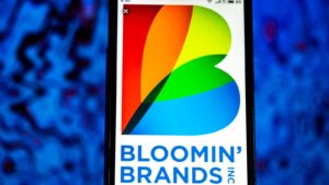 Retail Stocks To Buy: Bloomin' Brands (BLMN)