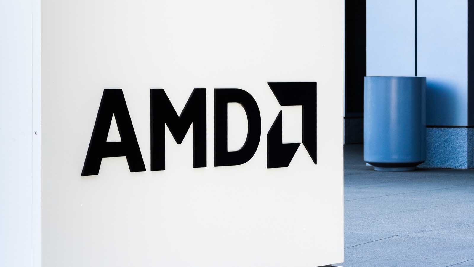 With Amd Facing New Threats Investors Should Avoid Amd Stock Investorplace