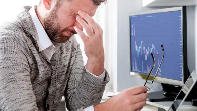 market crash - 3 Warning Signals a Stock Market Crash Is Coming