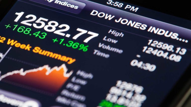 Dow Jones stocks - 5-Year Returns for 5 Dow Jones Stocks Entering 2020