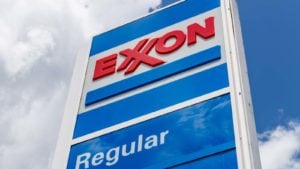 Dividend Stocks to Buy: Exxon Mobil (XOM)