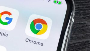 google (GOOGL) chrome app on a smartphone screen