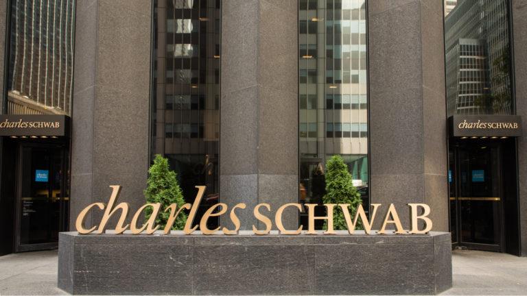 Schwab ETF - 7 of the Best Schwab ETFs for Low Fees