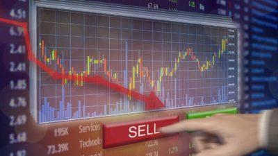 7 Dividend Stocks at Risk of Slashing Payouts