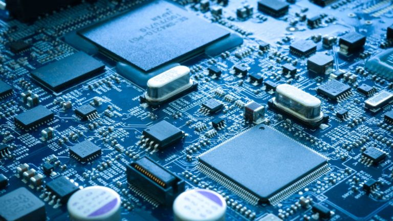 Semiconductors - 7 Stocks That Will Survive The Semiconductor Shortage Long-Term