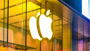 Top Warren Buffett Stocks: Apple (AAPL)