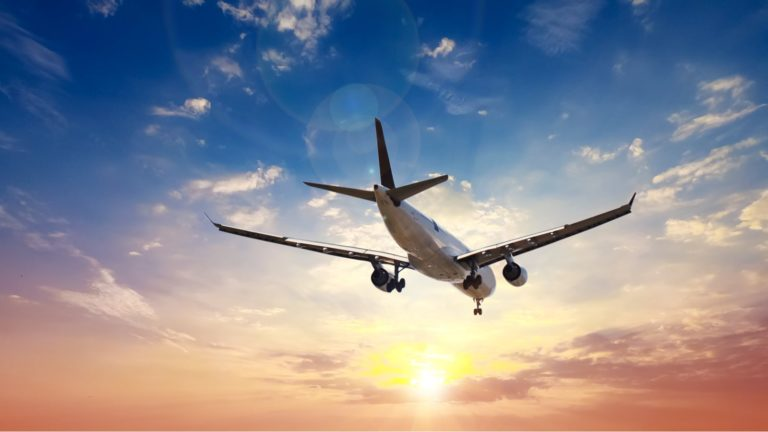 airline stocks - 3 Airline Stocks That Are Making the Right Moves