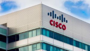After Cisco Stock's Post-Results Battering, is it Time for a Long-Term Buy?