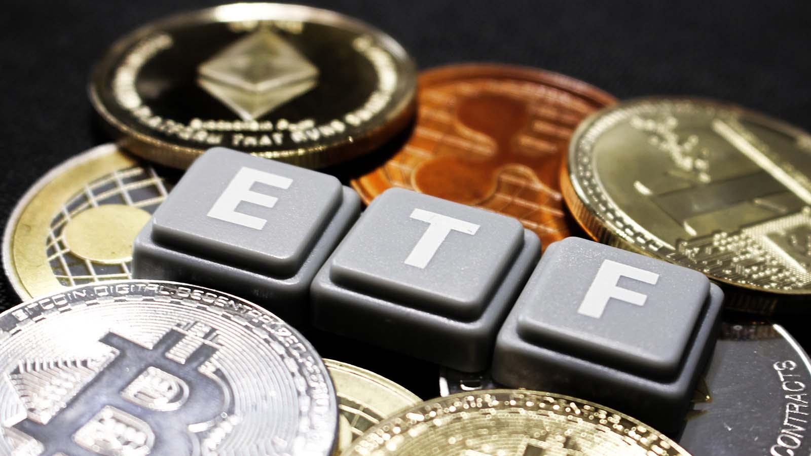 etfs investesc în bitcoin opțiunea de broker opțiune binară