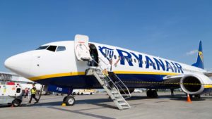 Ryanair (RYAAY)