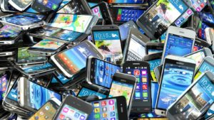 a big pile of smartphones